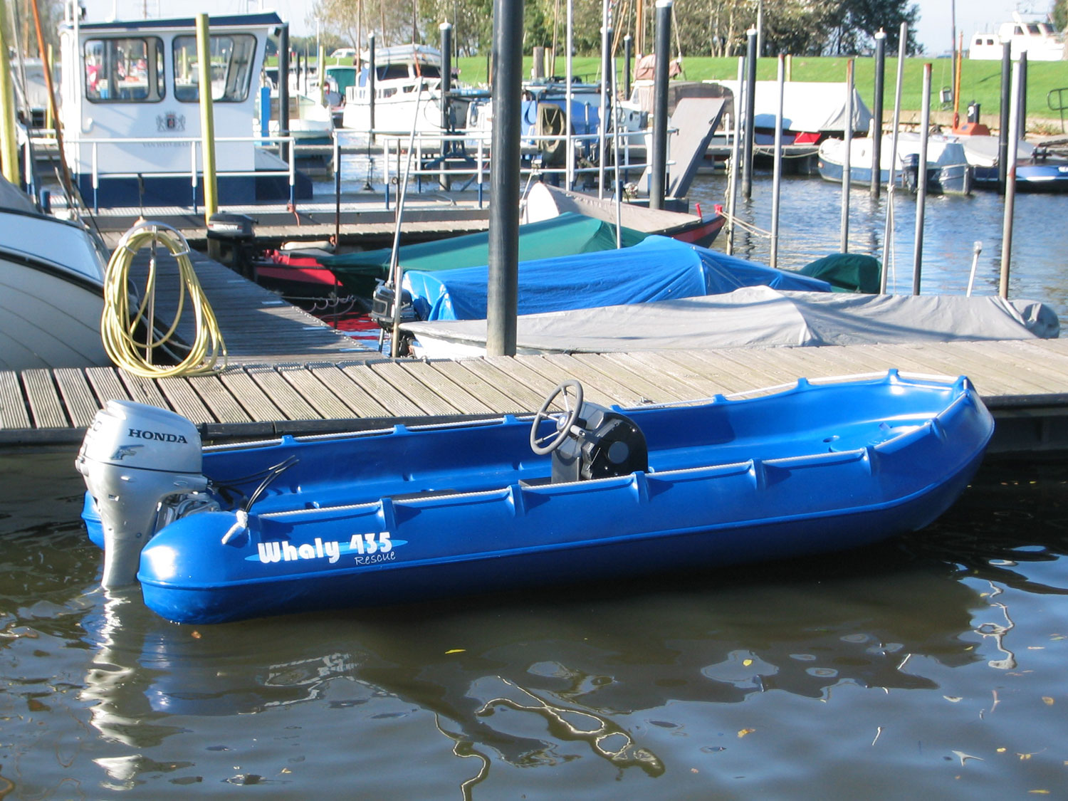 Zodiac Inflatable Boat >> Whaly Boats with Console | www.penninemarine.com
